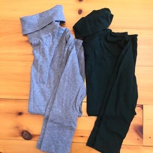 XS GAP 3/4 turtle necks: gray + emerald green